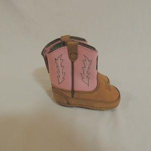 John Deere Infant girl boots size 3 Pink
